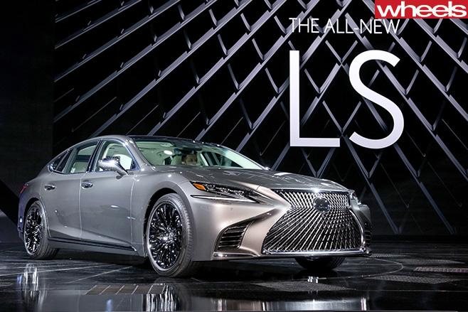 2018-Lexus -LS-500-at -Detroit -Motor -Show