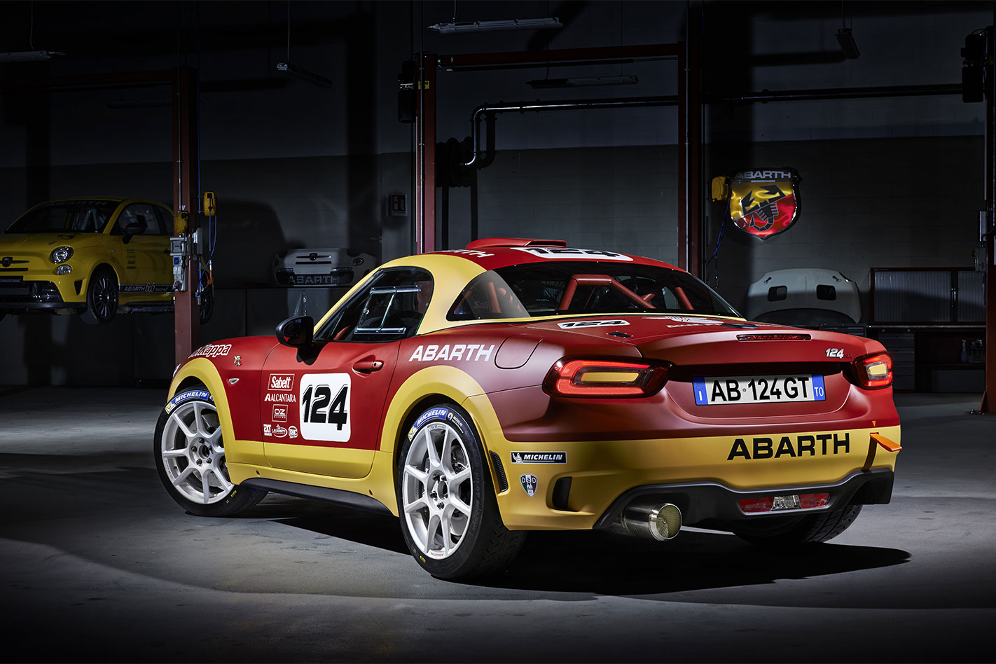 Abarth 124 Spider Rally rear