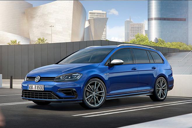 2017-Volkswagen -Golf -R-front