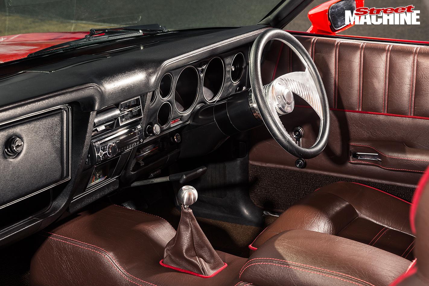 Ford -XC-wagon -jaffa -interior -front -4