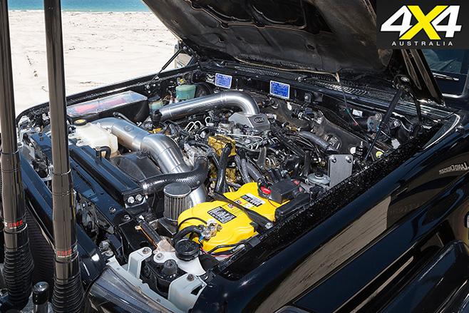 Custom -Toyota -Land Cruiser -VDJ76R-engine