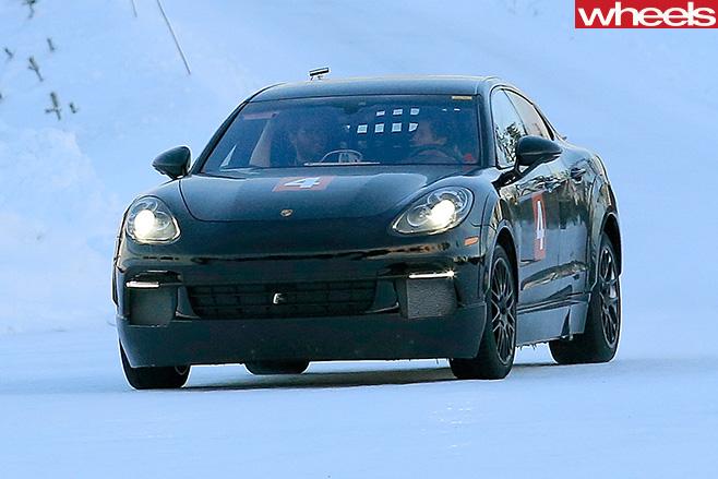 2019-Porsche -Mission -E-front -side