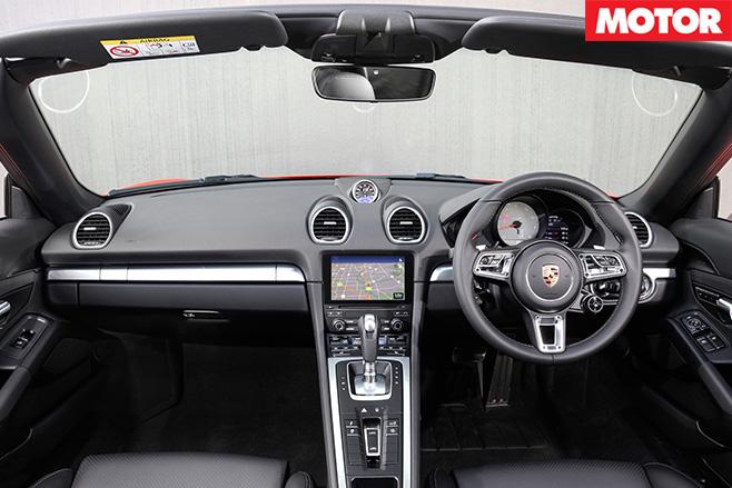 2017 Porsche 718 Boxster S interior