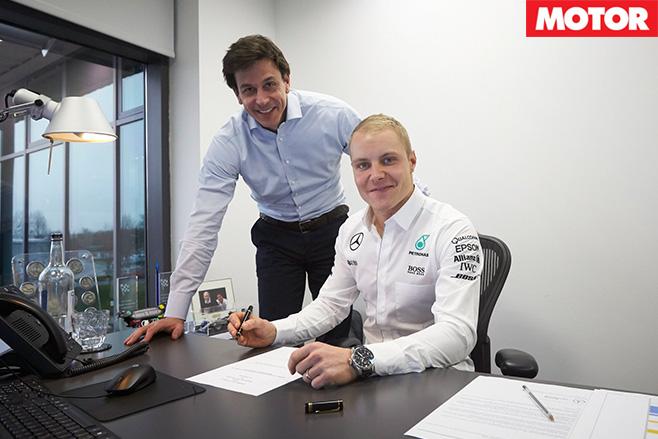 Valtteri Bottas signs contract