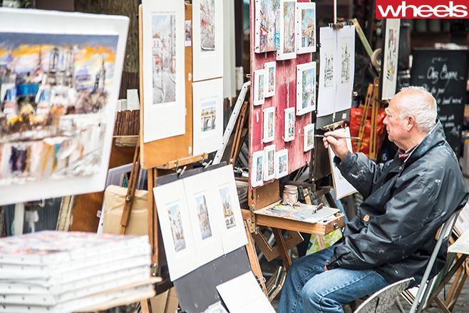 Man -painting -Paris