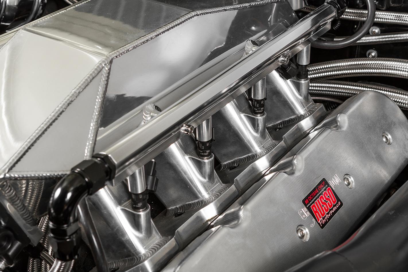 Holden -hk -monaro -engine -detail