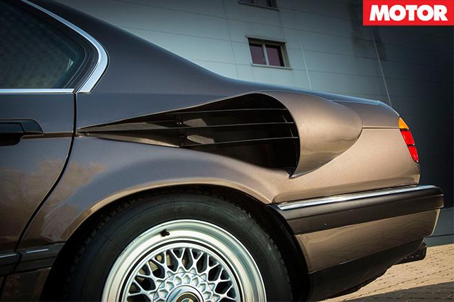BMW 7 Series V16 side scoops