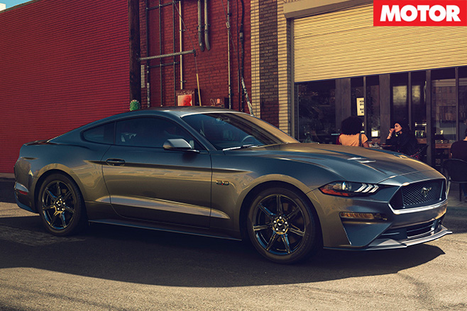 Ford Mustang Gt Side
