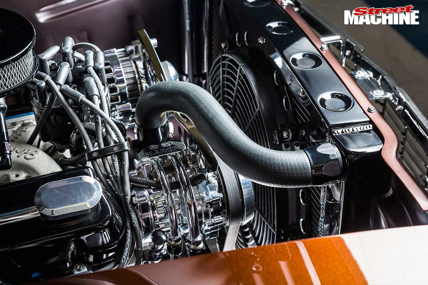 Ford -falcon -engine -detail -2