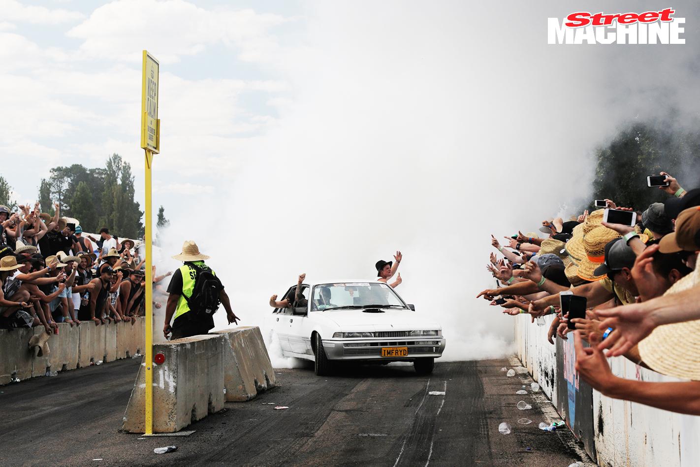 VL Calais Summernats Burnout
