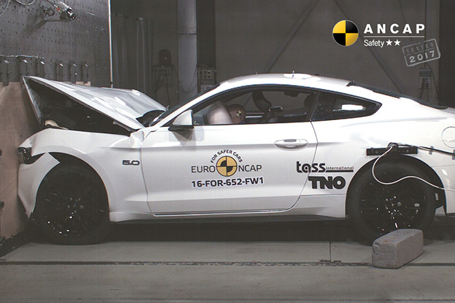 2017-Ford -Mustang -ANCAP-crash -side