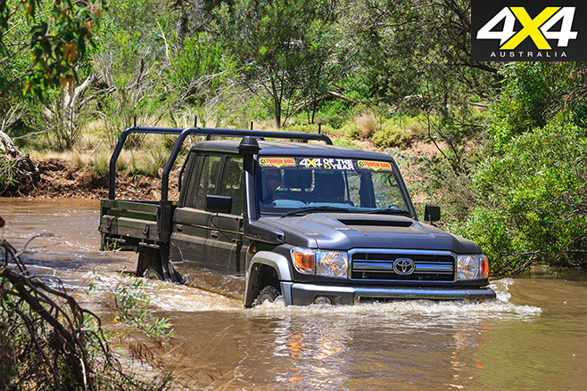 Toyota LandCruiser 79 water driving