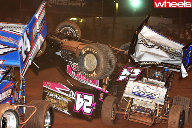 Sprintcar -race -crash