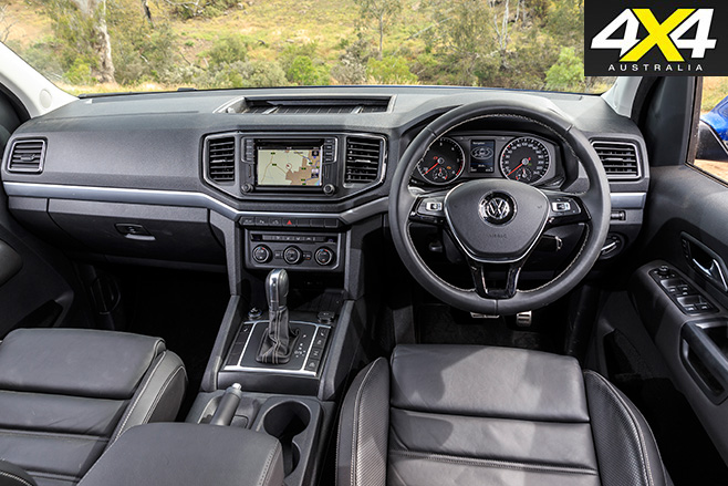 Volkswagen Amarok V6 interior