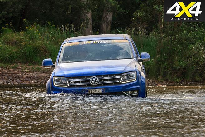 Volkswagen Amarok V6 front -water