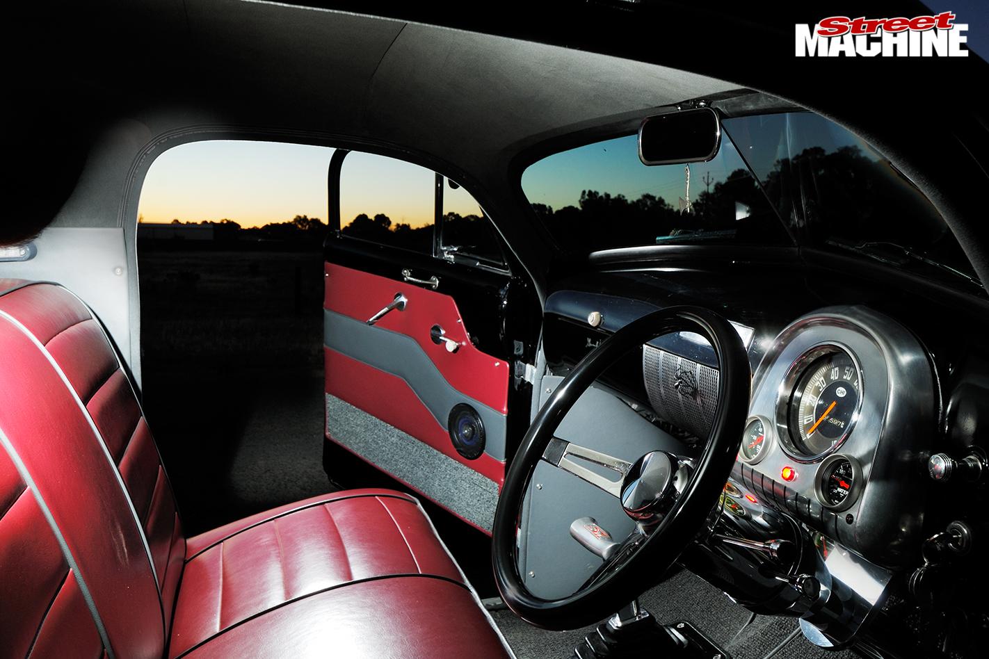 Holden -fx -ute -interior