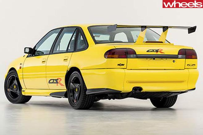 1995-HSV-GTS-R-rear