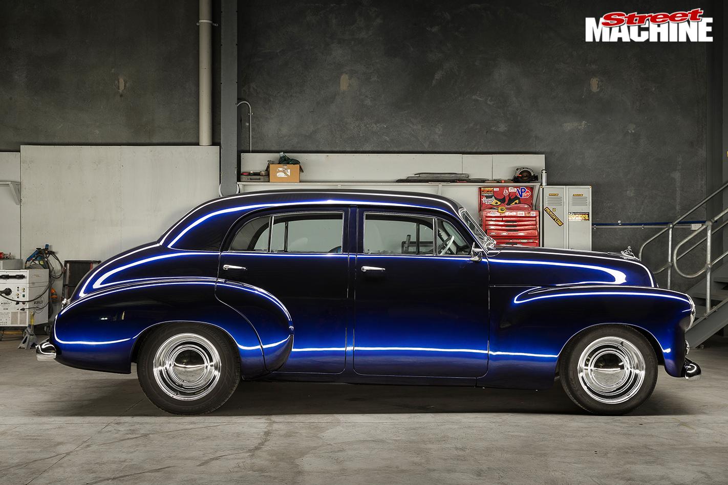 Holden -fx -sedan -side -view