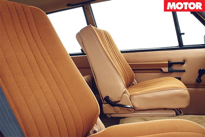 1978 Range Rover reborn interior