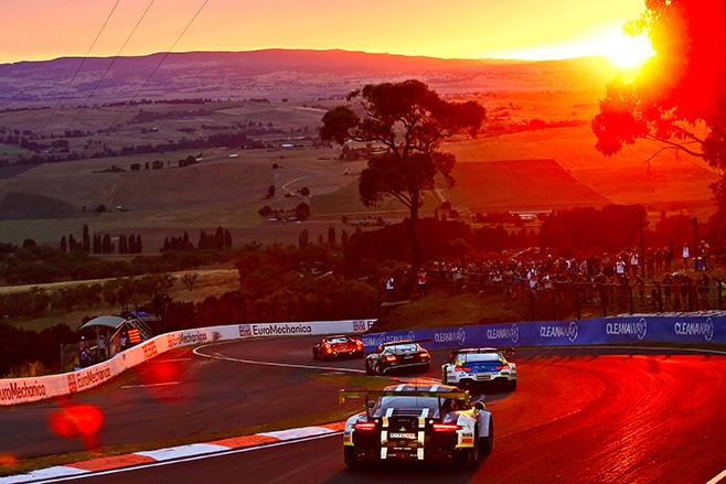 658_Porsche _911_gt 3_r _intercontinental _gt _challenge _bathurst _australia _porsche _ag _2017