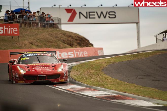 Ferrari -488-GT3-racing -at -Bathurst