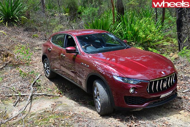 2017-Maserati -Levante -driving