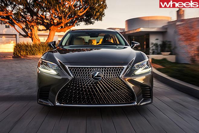 2017-Lexus -LS-500