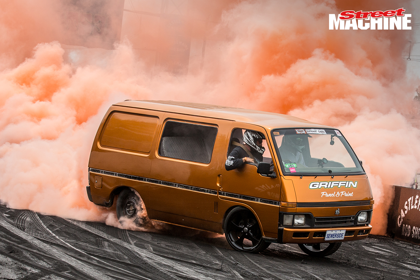 Holden Shuttle Van V8 Burnout