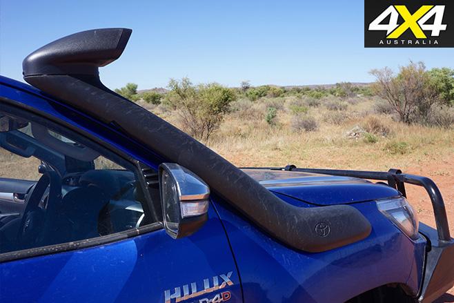 2016 Toyota Hilux SR5 snorkel