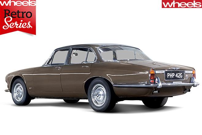 1968-Jaguar -XJ6-rear