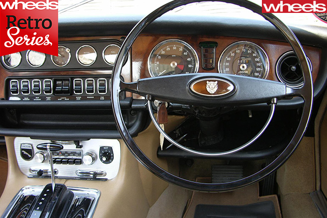 1968-Jaguar -XJ6-interior
