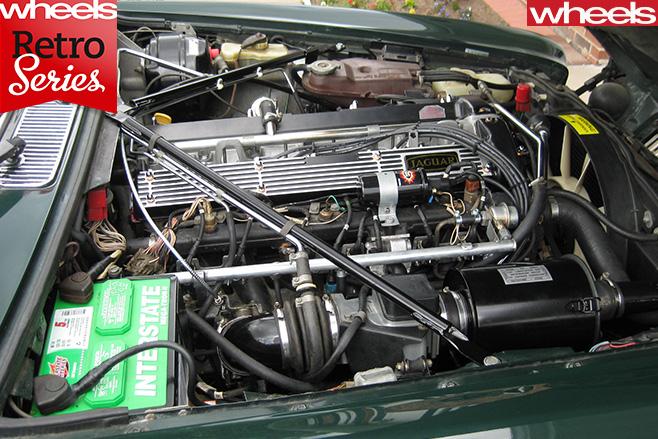 1968-Jaguar -XJ6-engine