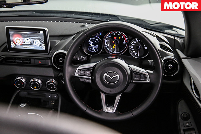 2016-Mazda -MX-5-interior
