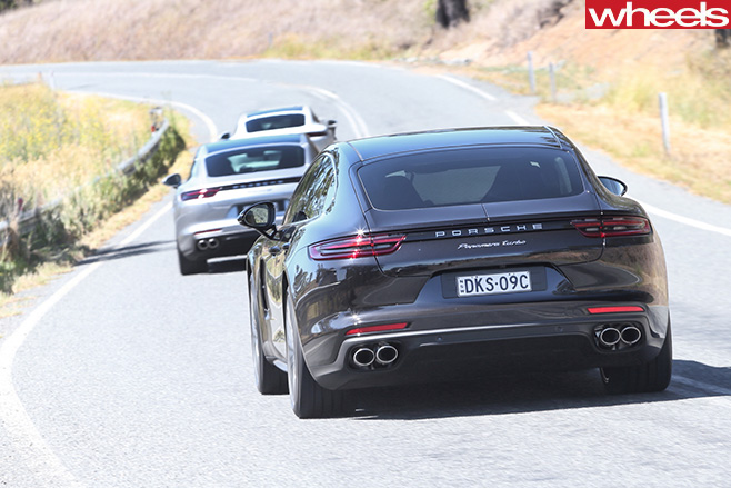 2017-Porsche -Panamera -group -driving