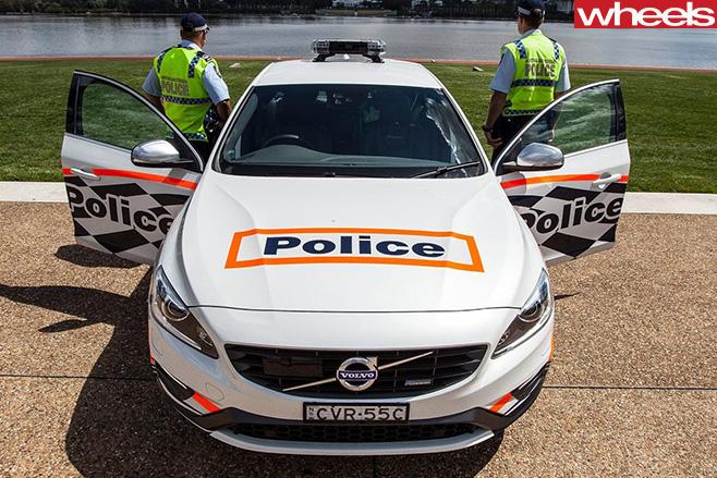 2017-Volvo -S60-Polestar -police -car