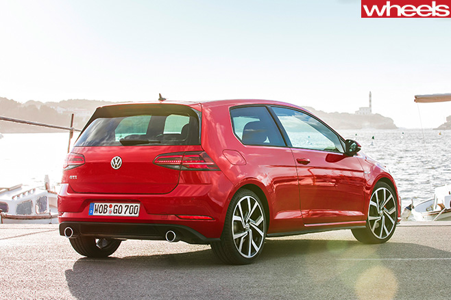 Volkswagen -Golf -7-5-GTi -rear