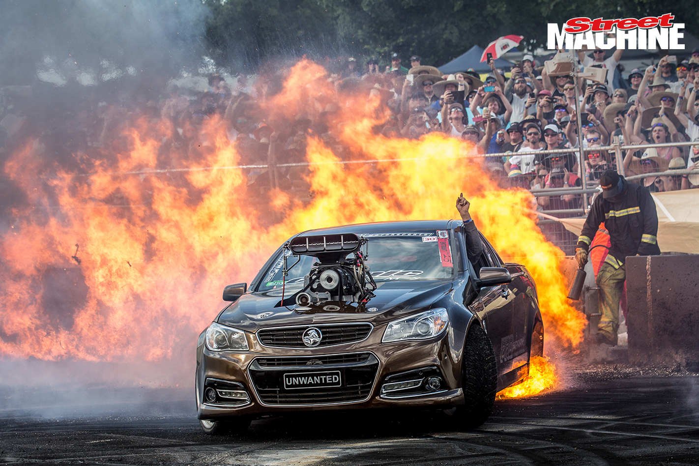 VF Commodore Ute Blown Burnout Fire UNWANTED
