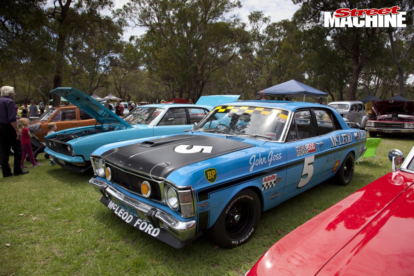 THE-FINAL-BIG-ALS-POKER-RUN blue car