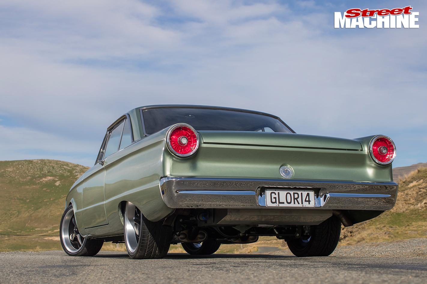 1964-FORD-XM-FALCON-FUTURA-1