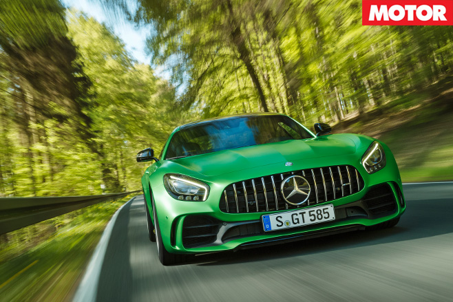 Mercedes-AMG GT R front -driving