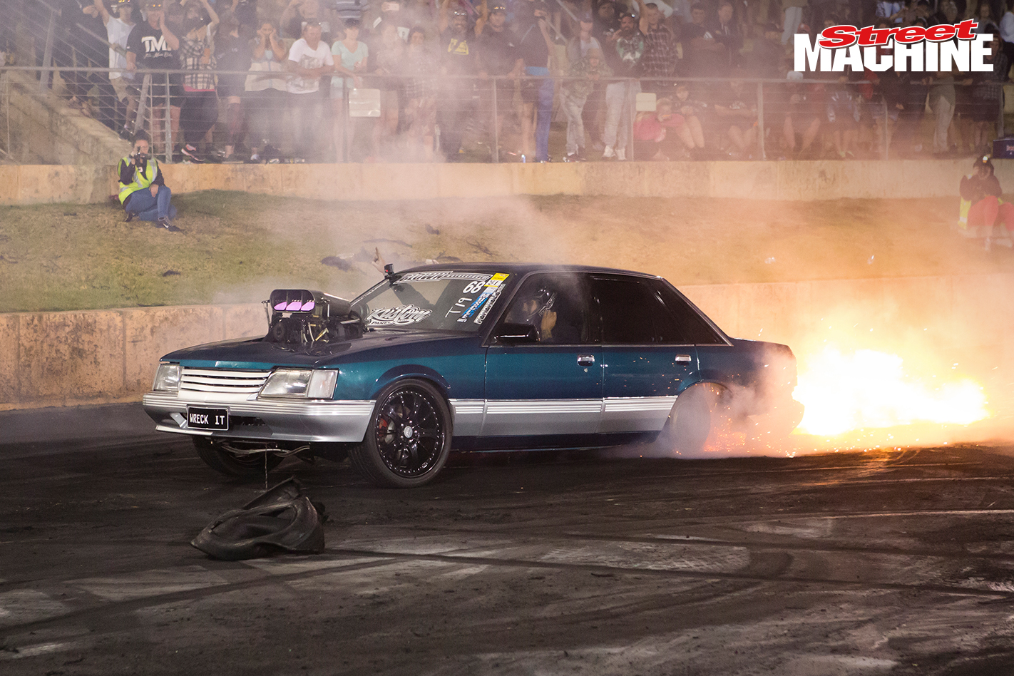 VK Commodore Blown Burnout