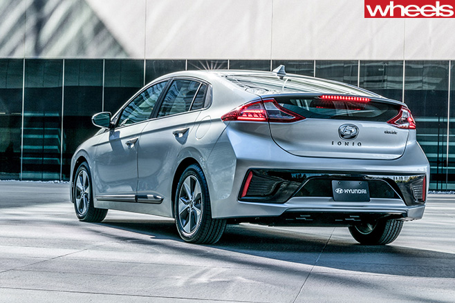 2018 hyundai ioniq electric. exellent hyundai 2018hyundai ioniq rear on 2018 hyundai ioniq electric y