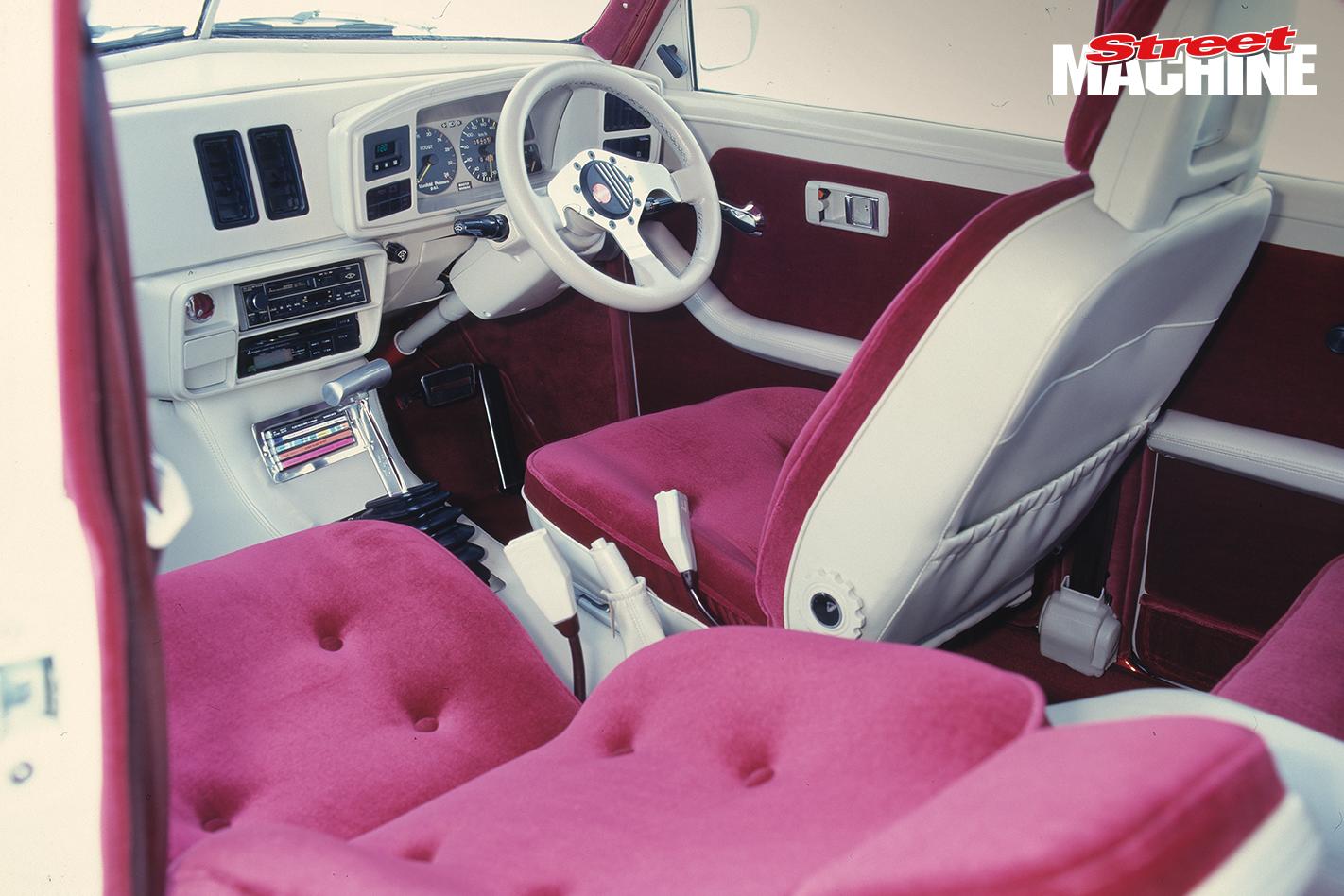 FJ Holden JIGSAW Interior