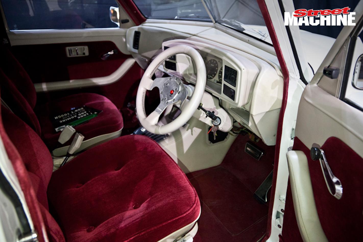 FJ Holden JIGSAW Interior 2