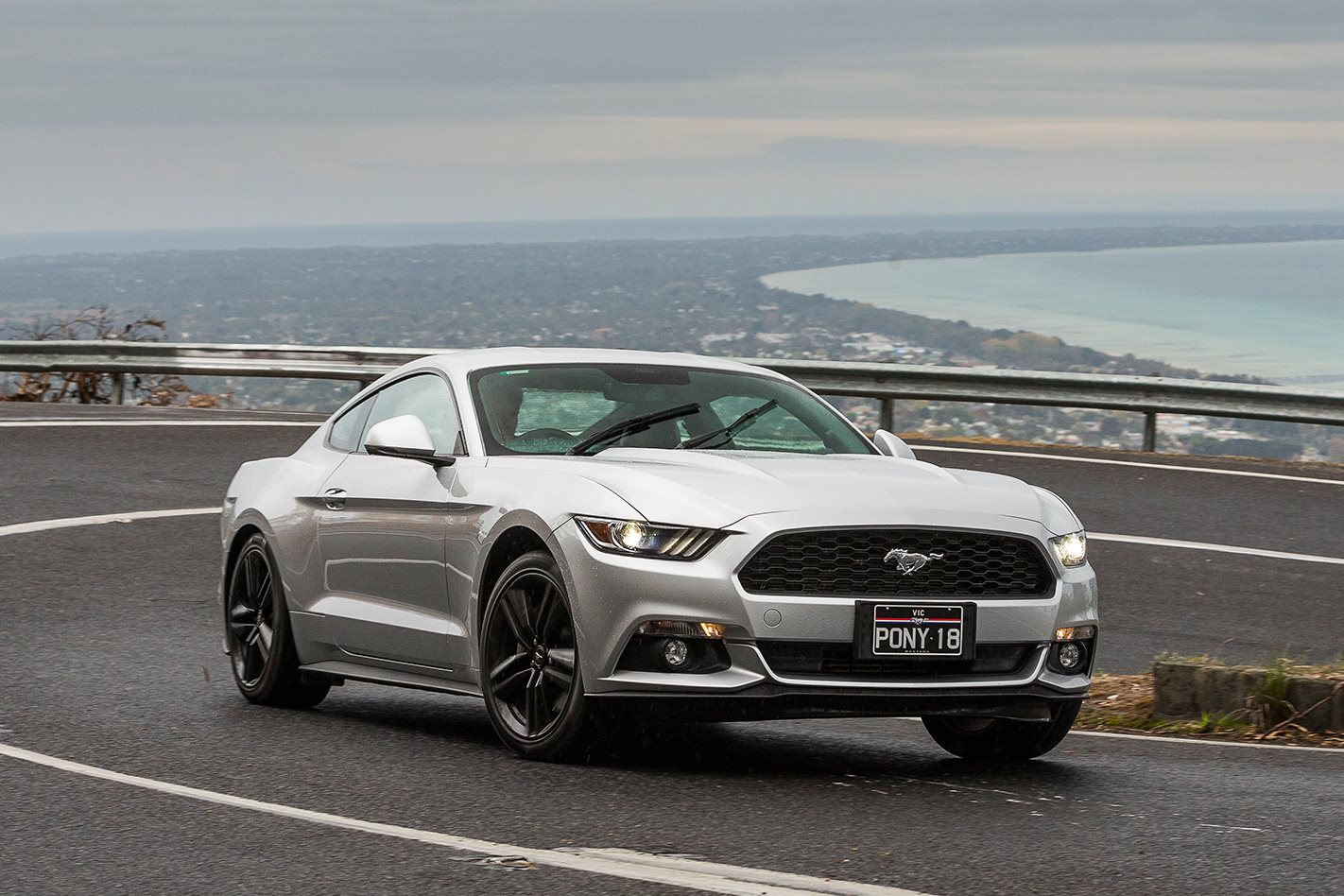 2016 ford mustang ecoboost review motor. Black Bedroom Furniture Sets. Home Design Ideas