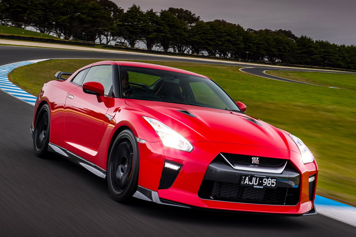 2017 nissan gt r track edition review