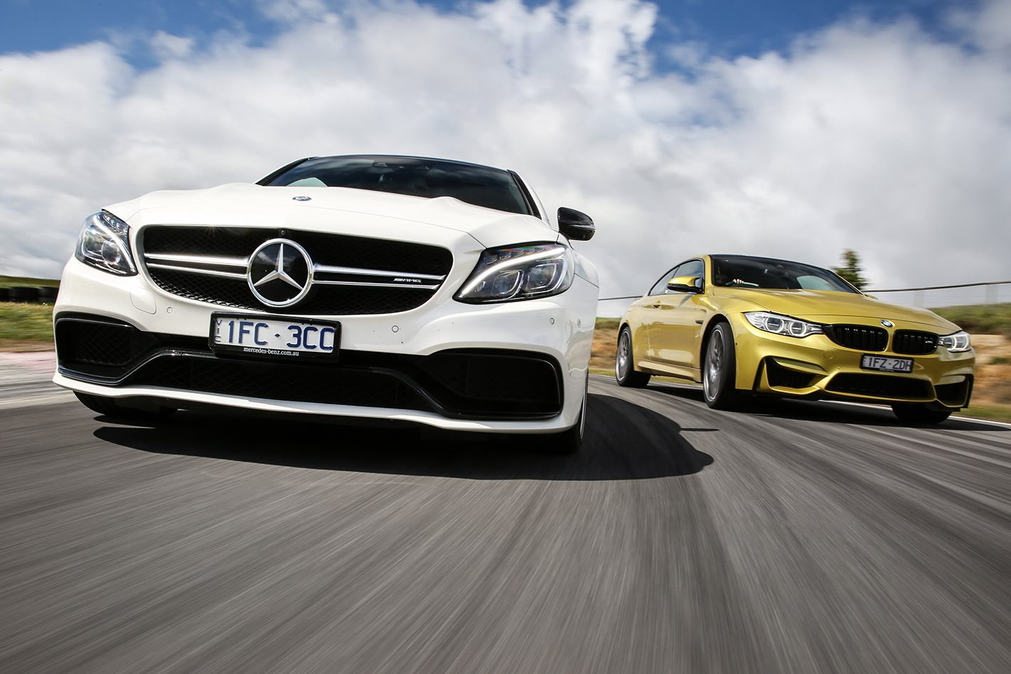 Mercedes Amg C63 S Coupe Vs Bmw M4 Competition