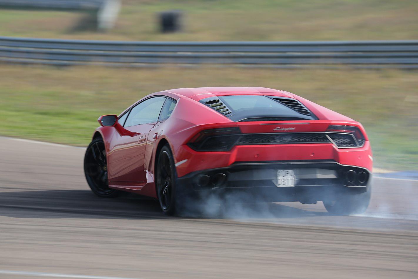 Best Sounding Car Of 2016 Lamborghini Huracan Lp580 2