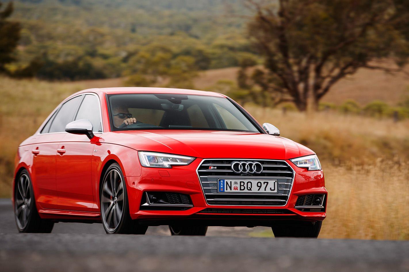 Kelebihan Audi S4 2017 Murah Berkualitas
