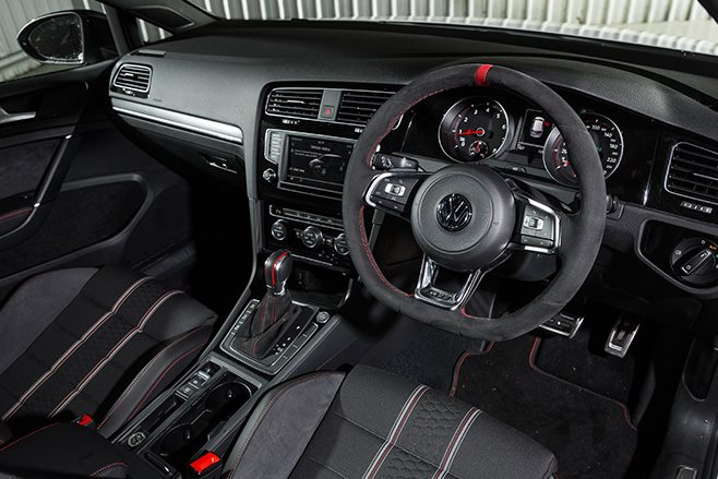 Volkswagen Golf Gti 40 Years Performance Car Of The Year 2017 9